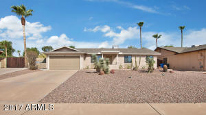 Property for sale at 11248 S Pewaukee Street, Phoenix,  AZ 85044