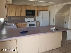 6756 N 43RD Avenue, Glendale, AZ 85301