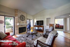 9306 E PURDUE Avenue, 239, Scottsdale, AZ 85258