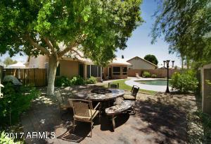 6909 W Hill Lane, Glendale, AZ 85310