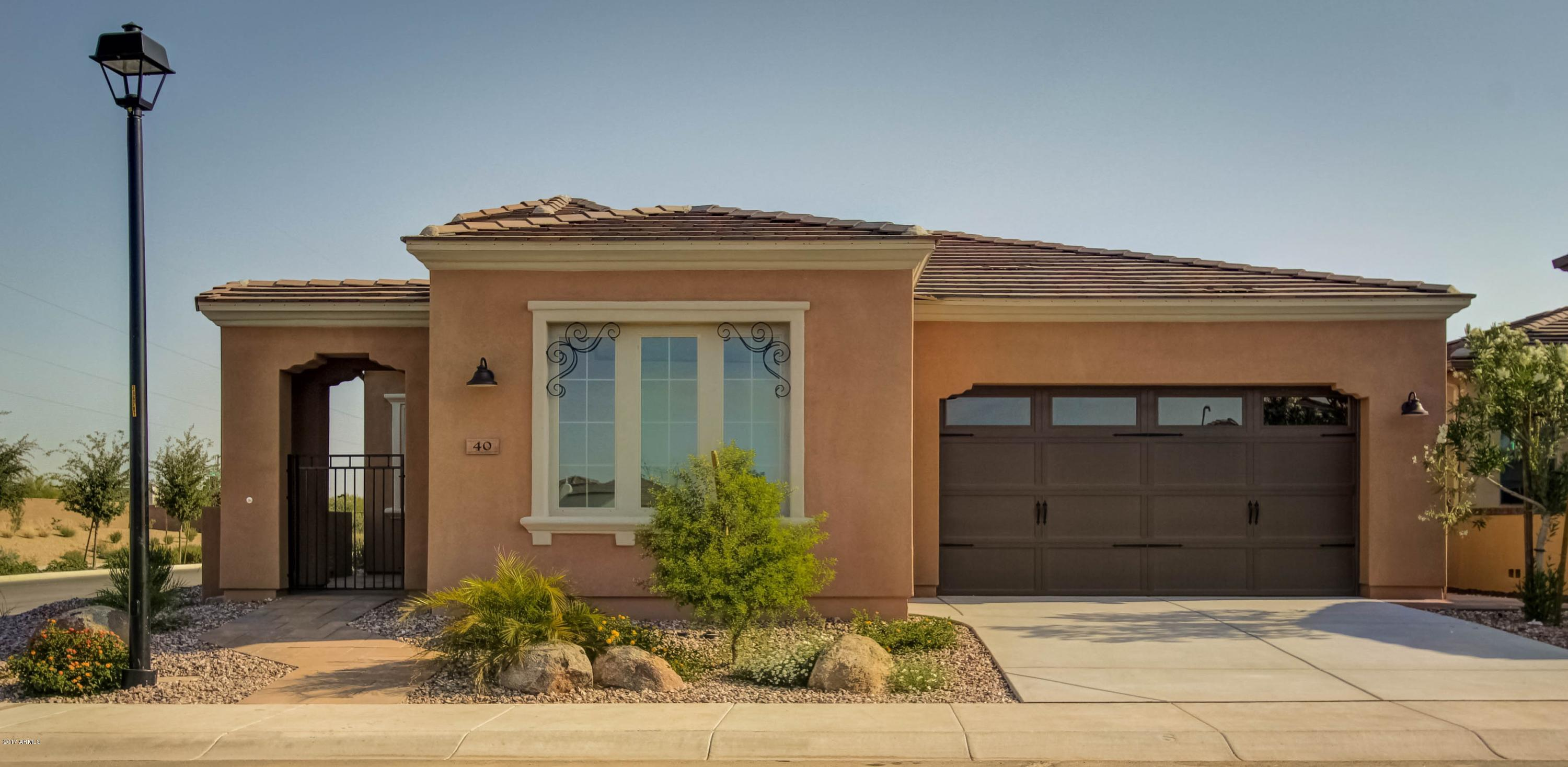 Photo of 40 E CAMELLIA Way, San Tan Valley, AZ 85140