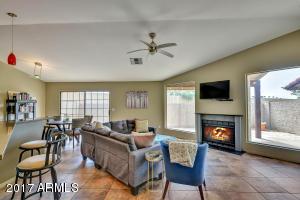 Property for sale at 11625 S Papago Circle, Phoenix,  AZ 85044