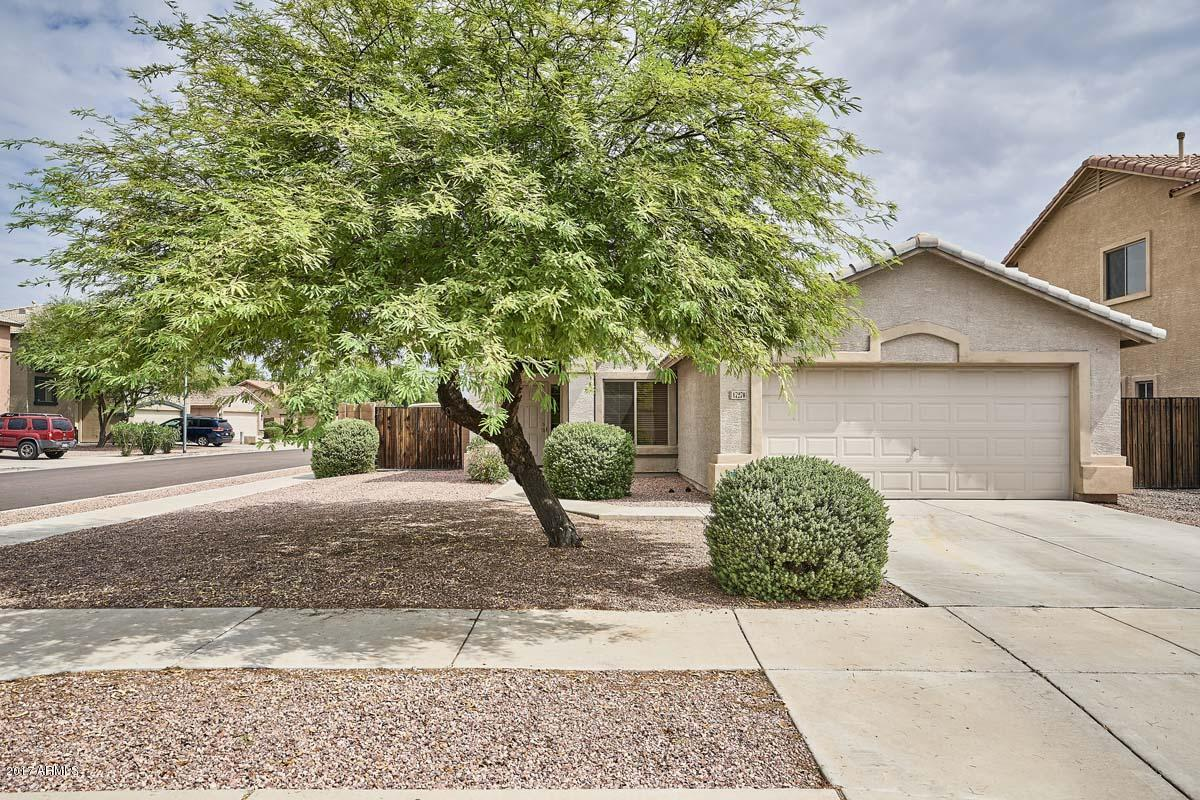 17270 W PIMA Street Phoenix Home Listings - RE/MAX Professionals Real Estate