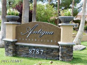 Beautiful entrance to the Rancho Antigua Condominiums within prestigious McCormick Ranch .