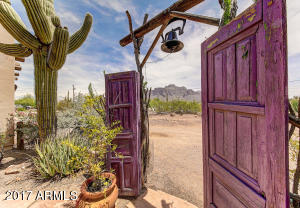 968 N ROADRUNNER Road, Apache Junction, AZ 85119