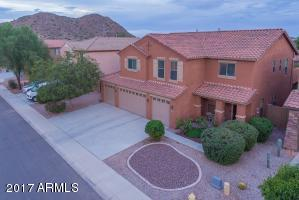 Sumptuous San Tan living with a Queen Creek address!
