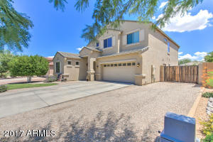 717 E SADDLE Way, San Tan Valley, AZ 85143