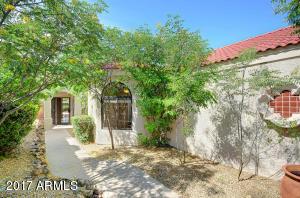6331 E CLAIRE Drive, Scottsdale, AZ 85254