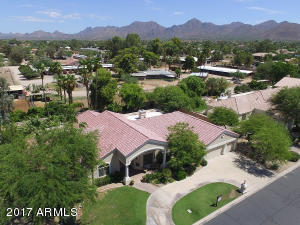 9628 E LAUREL Lane, Scottsdale, AZ 85260