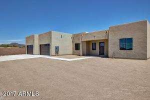 2628 W Lavitt Lane, Phoenix, AZ 85086