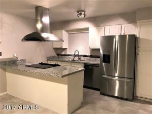 5602 W CAMBRIDGE Avenue, Phoenix, AZ 85035