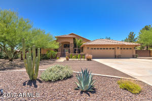 4613 W DESERT HOLLOW Drive, Phoenix, AZ 85083