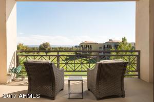 Property for sale at 8 E Biltmore Estate Unit: 303, Phoenix,  AZ 85016
