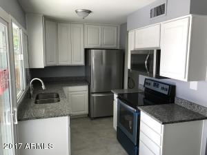 4710 S KENNETH Place, Tempe, AZ 85282