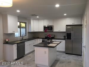 Brand New Cabinets, soft close, quartz counter tops, kitchen island.