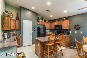 18155 N MADISON Road, Maricopa, AZ 85139