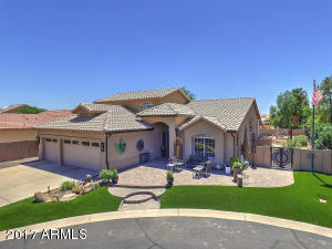 11111 E CHESTNUT Court, Sun Lakes, AZ 85248