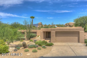 Great Location, Walk to Club & Spa. Custom Home Neighborhood.