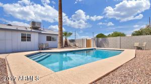 6608 E LATHAM Street, Scottsdale, AZ 85257