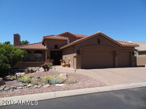 4 Bedroom 3 Bath Golf Course-Lake-and Private Pool..