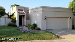 Beautiful Casa Serena patio home with 2 car garage