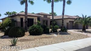 Superb custom/expanded Hampton Estate Home -- Sun City Grand/Phoenix West Valley -- 2900 sq ft/3 Bdrms/2.5 baths
