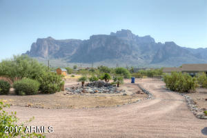 1336 N Muleshoe Road, Apache Junction, AZ 85119