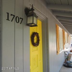 1707 W FRIER Drive, Phoenix, AZ 85021