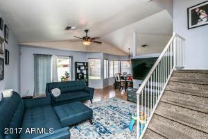 529 N COBBLESTONE Street, Gilbert, AZ 85234