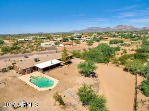 1025 N WICKIUP Road, Apache Junction, AZ 85119