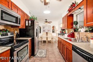 11081 W FRONTIER Drive, Sun City, AZ 85351