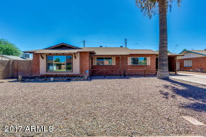 8225 E PICCADILLY Road, Scottsdale, AZ 85251