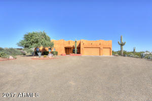 Stunning Home At the Foothills of the Superstition Mountains..