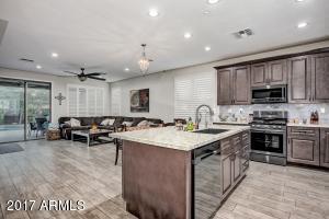 1647 W DION Drive, Phoenix, AZ 85086