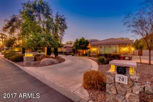 20 N BULLMOOSE Circle, Chandler, AZ 85224