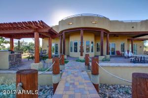 10447 E HILLVIEW Street, Mesa, AZ 85207
