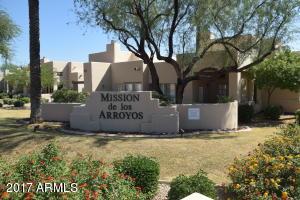 Beautiful Mission de los Arroyos