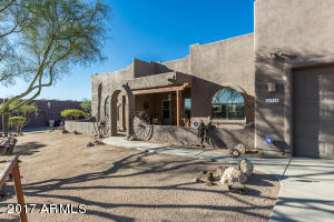 43915 N 20TH Street, New River, AZ 85087