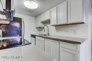 8450 E ROOSEVELT Street, Scottsdale, AZ 85257