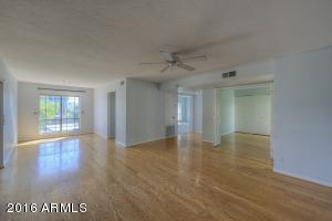 5219 N 24TH Street, 201, Phoenix, AZ 85016