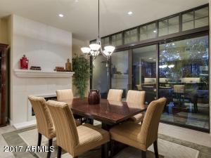 8 E Biltmore Estate, 117, Phoenix, AZ 85016