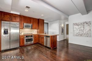 Property for sale at 7141 E Rancho Vista Drive Unit: 1007, Scottsdale,  Arizona 85251