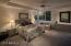 Gracious sized En-suite Guest Bedroom