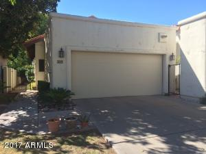 8858 S TAYLOR Drive, Tempe, AZ 85284