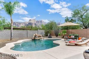 5660 E 10TH Avenue, Apache Junction, AZ 85119