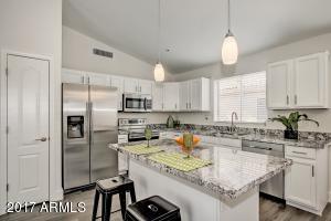 8739 E PINCHOT Avenue, Scottsdale, AZ 85251