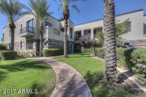 Property for sale at 2 Biltmore Estate Unit: 204, Phoenix,  Arizona 85016