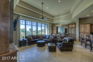 2 BILTMORE Estate, 204, Phoenix, AZ 85016