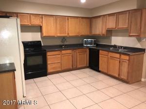 6526 W OREGON Avenue, Glendale, AZ 85301