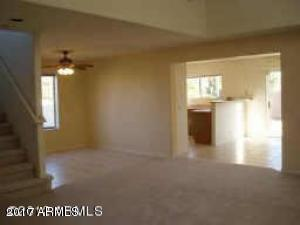 250 W JUNIPER Avenue, 37, Gilbert, AZ 85233